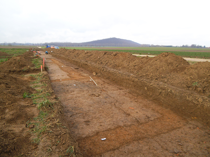 Diggings at the road station near Aldenhoven.